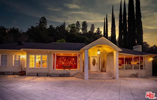 3261 Laurel Canyon, Studio City, CA 91604 (MLS #20549966) :: Hacienda Agency Inc