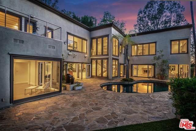 9505 Hidden Valley Road, Beverly Hills, CA 90210 (#20554288) :: The Pratt Group