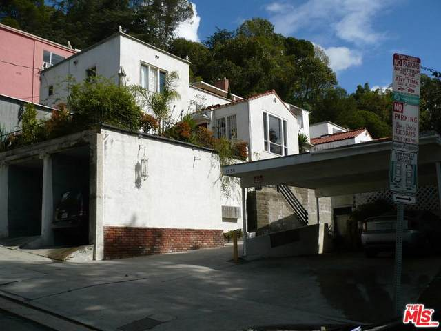 1238-1244 Larrabee St #14, West Hollywood, CA 90069 (MLS #20-554862) :: Mark Wise   Bennion Deville Homes