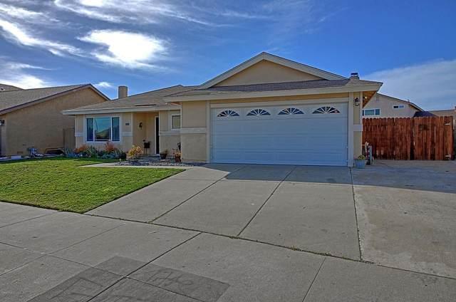 1085 Offshore Street, Oxnard, CA 93035 (#220001775) :: TruLine Realty
