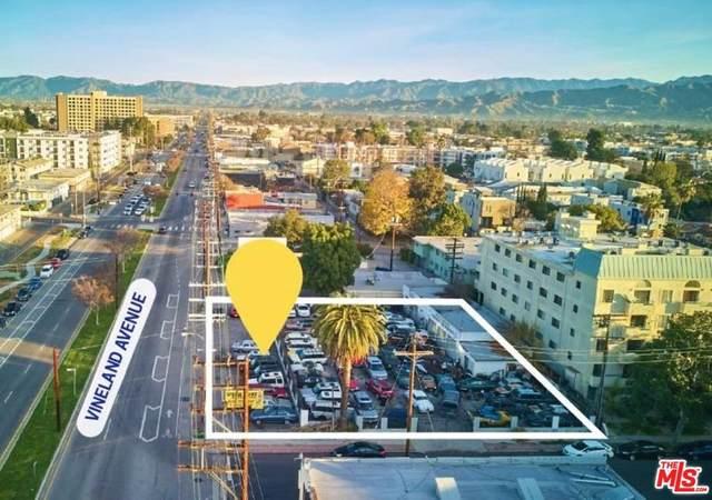 5000 Vineland Avenue, North Hollywood, CA 91601 (#20555376) :: Randy Plaice and Associates