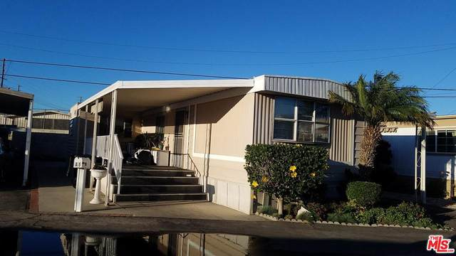 22516 S Normandie Avenue Sp 5, Torrance, CA 90502 (#20555430) :: Pacific Playa Realty