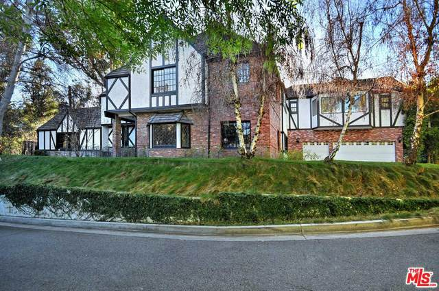 4461 Vanalden Avenue, Tarzana, CA 91356 (#20556350) :: The Pratt Group