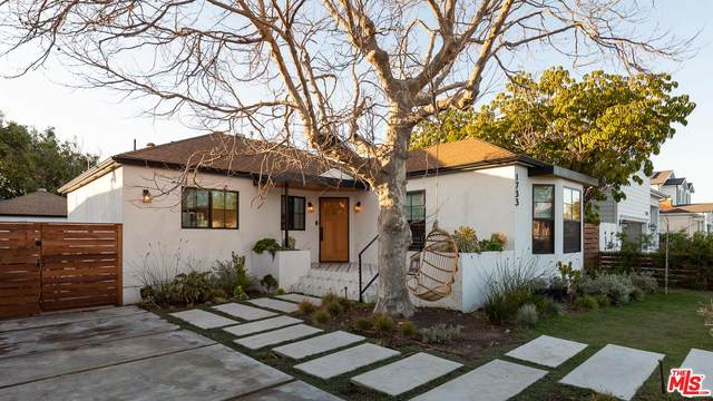 1733 S Holt Avenue, Los Angeles (City), CA 90035 (#20555954) :: Lydia Gable Realty Group