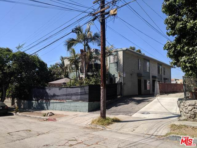 3327 Gassen Pl, Los Angeles, CA 90065 (MLS #20-556822) :: The Sandi Phillips Team