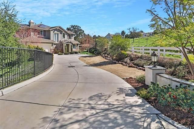 1423 Hidden Ranch Drive, Simi Valley, CA 93063 (#SR20041032) :: The Suarez Team