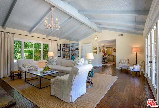 1383 School House Road, Montecito, CA 93108 (#20557982) :: Lydia Gable Realty Group
