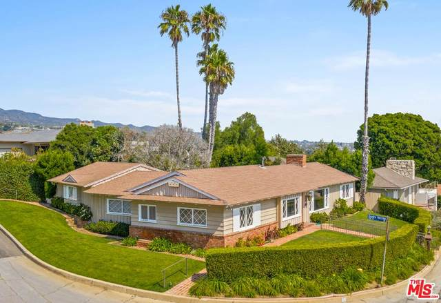 17615 Tramonto Drive, Pacific Palisades, CA 90272 (#20558356) :: The Suarez Team