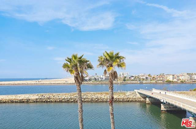 6209 Pacific Ave #304, Playa Del Rey, CA 90293 (MLS #20-558440) :: The Sandi Phillips Team
