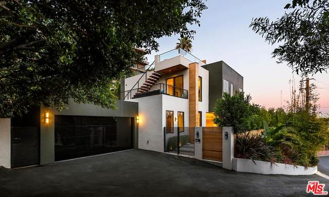 8381 Hollywood, Los Angeles, CA 90069 (MLS #20-558482) :: The John Jay Group - Bennion Deville Homes