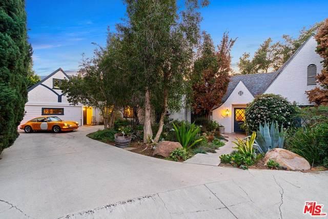 3440 Troy Dr, Hollywood Hills East, CA 90068 (MLS #20-558038) :: The Sandi Phillips Team