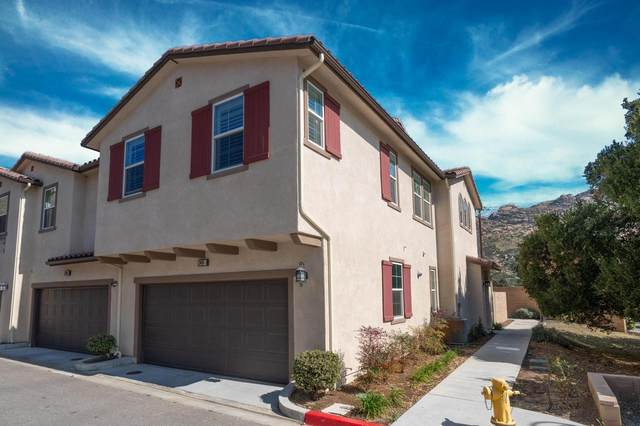 2468 Ascending Oaks Court #1, Simi Valley, CA 93063 (#220002348) :: The Pratt Group