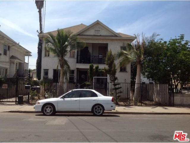1405 Oak St, Los Angeles, CA 90015 (MLS #20-561664) :: The John Jay Group - Bennion Deville Homes