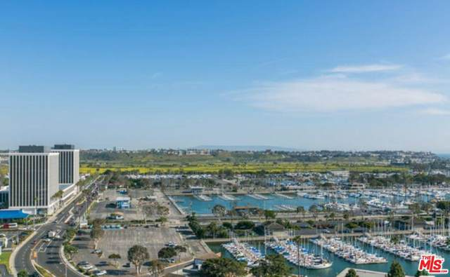 13600 Marina Pointe Dr #1506, Marina Del Rey, CA 90292 (#20-557152) :: The Pratt Group