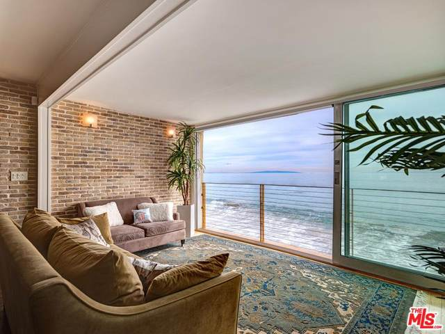 20638 Pacific Coast Hwy #3, Malibu, CA 90265 (#20-562388) :: Lydia Gable Realty Group