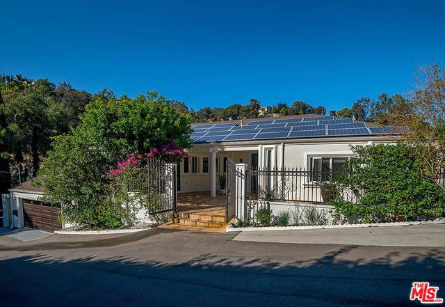 10208 Cielo Drive, Beverly Hills, CA 90210 (MLS #20562248) :: The Sandi Phillips Team