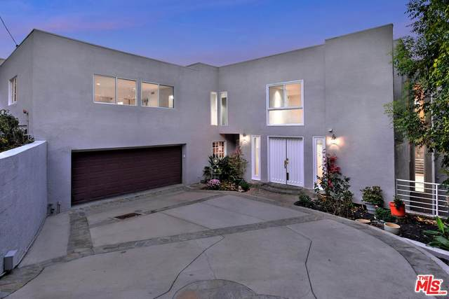 15053 Rayneta Dr, Sherman Oaks, CA 91403 (MLS #20-564804) :: The Sandi Phillips Team