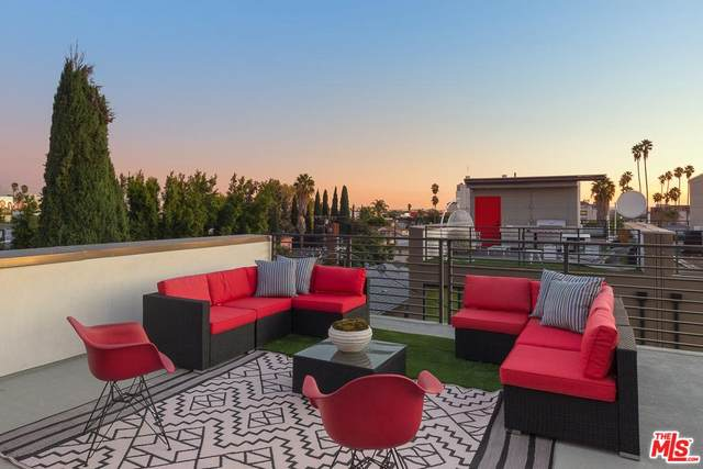 1306 N Mansfield Avenue, Los Angeles (City), CA 90028 (#20566688) :: Lydia Gable Realty Group