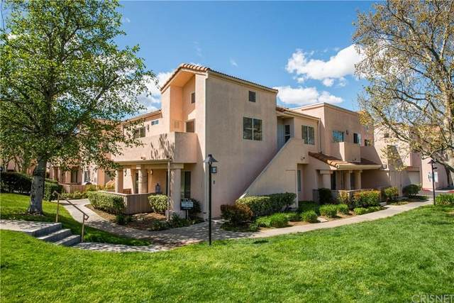 24479 Valle Del Oro #202, Newhall, CA 91321 (#SR20064060) :: Lydia Gable Realty Group