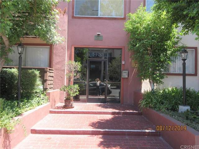 5400 Newcastle Avenue #35, Encino, CA 91316 (#SR20060016) :: Randy Plaice and Associates
