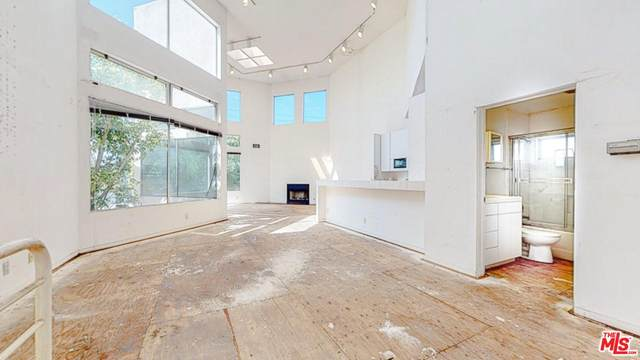 822 Pacific Avenue, Venice, CA 90291 (#20566624) :: Lydia Gable Realty Group