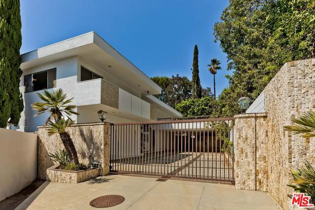 1335 Casiano Rd, Los Angeles, CA 90049 (#21-761546) :: The Grillo Group