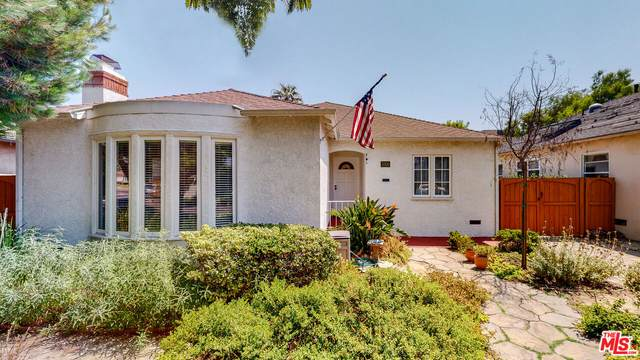 2006 S Crescent Heights Blvd, Los Angeles, CA 90034 (#21-774246) :: TruLine Realty