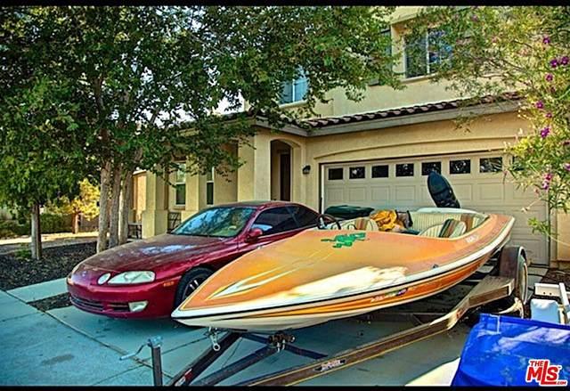 15014 Cobalt Rd, Victorville, CA 92394 (#21-776482) :: The Bobnes Group Real Estate