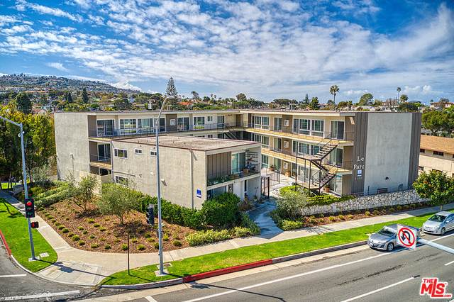 6100 S Pacific Coast Hwy, Redondo Beach, CA 90277 (MLS #21-777048) :: The Jelmberg Team