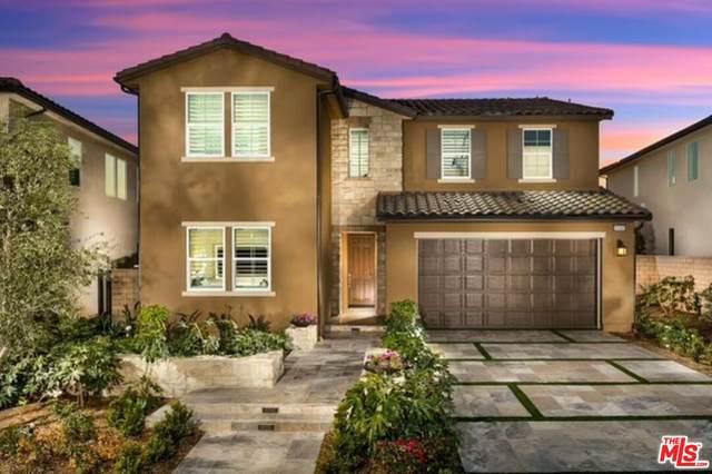 19108 Lauren Ln, Santa Clarita, CA 91350 (#21-777996) :: Vida Ash Properties | Compass