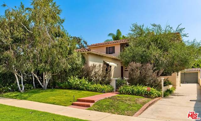 10490 Wellworth Ave, Los Angeles, CA 90024 (#21-777998) :: Lydia Gable Realty Group