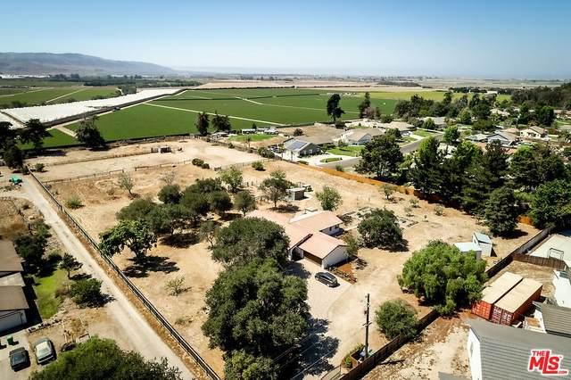 1461 Solomon, Santa Maria, CA 93455 (#21-778916) :: The Bobnes Group Real Estate