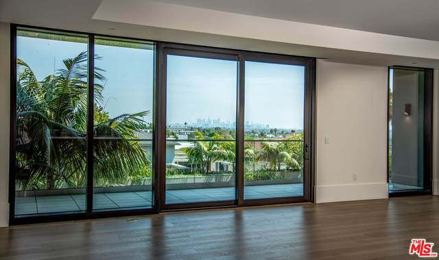 8420 W Sunset Blvd #503, West Hollywood, CA 90069 (#21-779134) :: Lydia Gable Realty Group