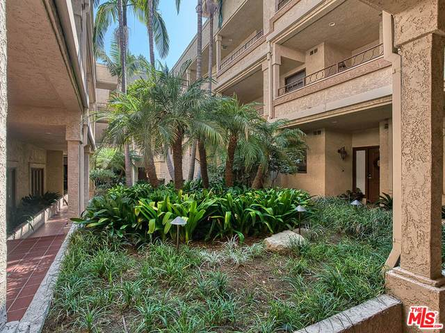 1133 9Th St #304, Santa Monica, CA 90403 (MLS #21-780308) :: Mark Wise | Bennion Deville Homes