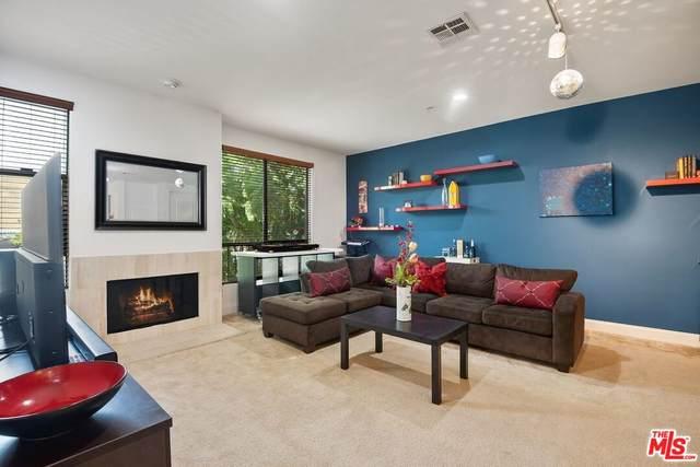 6938 Laurel Canyon Blvd #115, North Hollywood, CA 91605 (MLS #21-781054) :: Zwemmer Realty Group