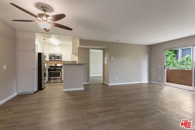 12420 Woodgreen St, Los Angeles, CA 90066 (MLS #21-782902) :: Zwemmer Realty Group