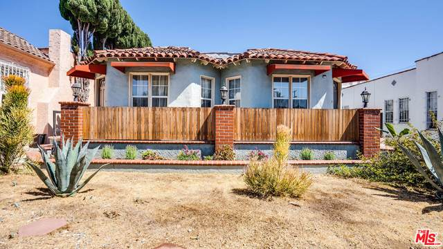 1626 S Mansfield Ave, Los Angeles, CA 90019 (MLS #21-783374) :: Zwemmer Realty Group