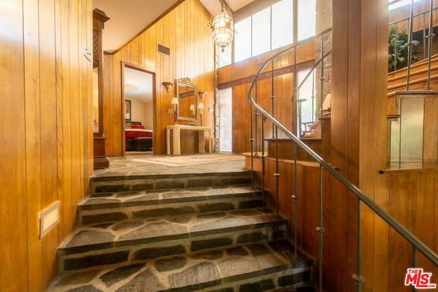 8602 Via Santa Cruz Ave, Whittier, CA 90605 (#21-783496) :: Vida Ash Properties | Compass
