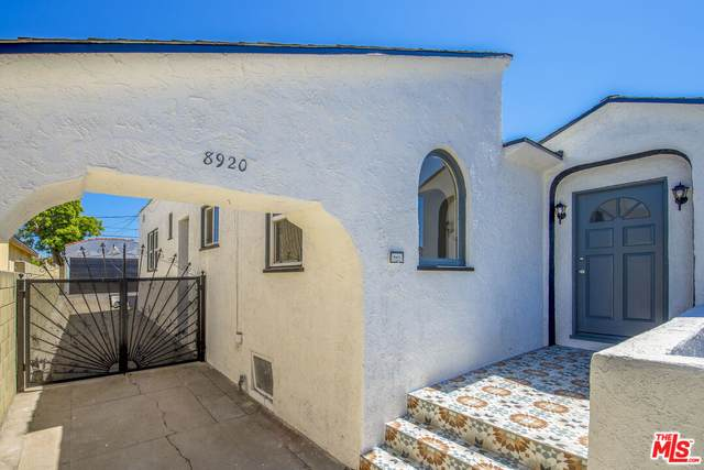 8920 Dalton Ave, Los Angeles, CA 90047 (#21-783774) :: The Pratt Group