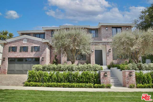 10001 Cheviot Dr, Los Angeles, CA 90064 (#21-783854) :: The Bobnes Group Real Estate