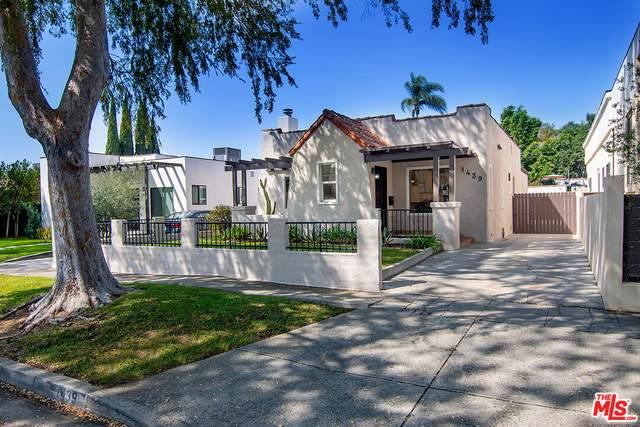 1439 Carmona Ave, Los Angeles, CA 90019 (MLS #21-783936) :: The Jelmberg Team