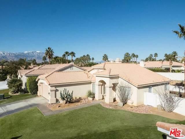 290 Corte Bella, Palm Desert, CA 92260 (MLS #21-784246) :: Zwemmer Realty Group