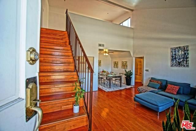 13801 Oxnard St #205, Valley Glen, CA 91401 (#21-784908) :: Vida Ash Properties | Compass