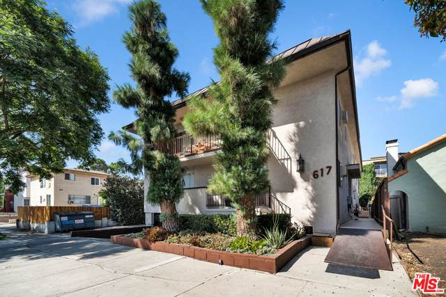 617 N Sweetzer Ave, West Hollywood, CA 90048 (#21-784924) :: TruLine Realty