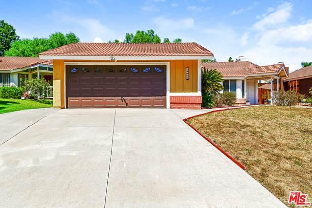 14811 Quezada Way, Santa Clarita, CA 91387 (#21-785108) :: Montemayor & Associates