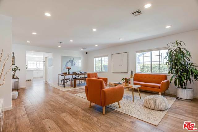 4903 Newcastle Ave, Encino, CA 91316 (MLS #21-785534) :: Zwemmer Realty Group
