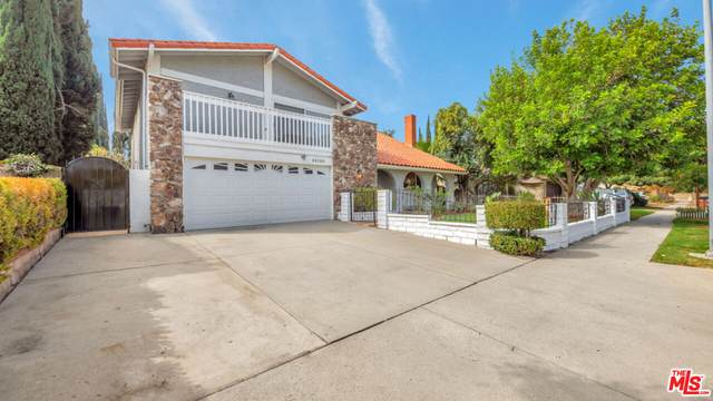 22130 Mayall St, Chatsworth, CA 91311 (#21-786500) :: Vida Ash Properties | Compass