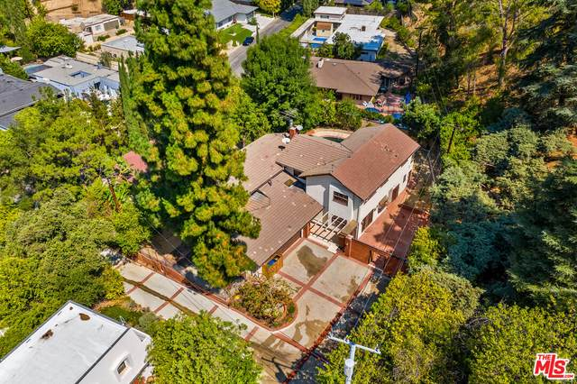 15498 Hamner Dr, Los Angeles, CA 90077 (#21-786876) :: The Grillo Group
