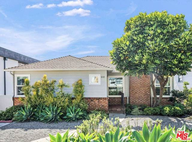 3131 Greenfield Ave, Los Angeles, CA 90034 (#21-786922) :: The Pratt Group