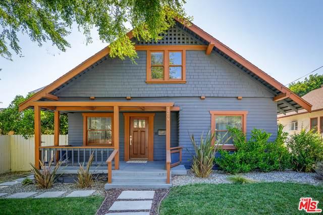 1259 N Summit Ave, Pasadena, CA 91103 (#21-786936) :: Lydia Gable Realty Group